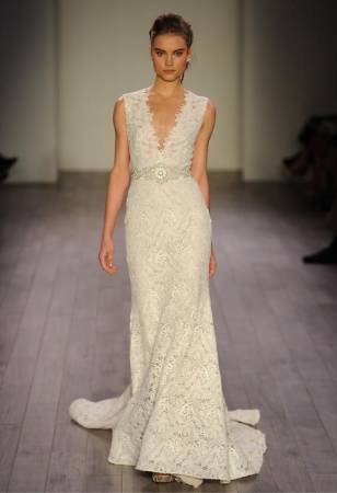 مجموعة لازارو لفساتين الزفاف 2016