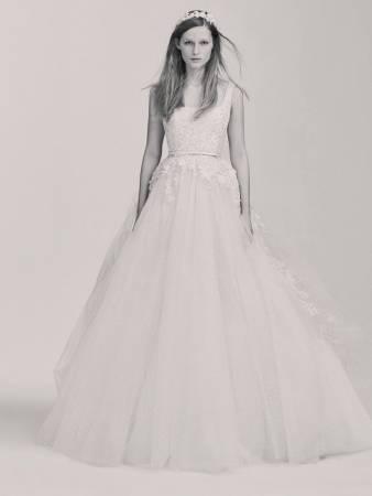 فستان زفاف إيلي صعب 2017