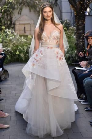 فستان زفاف 2017 مونيك لولييه