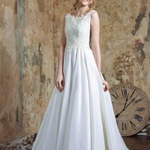 مجموعة تصاميم إيما هانت لندن لفساتين الزفاف 2015\2016