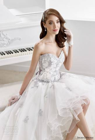 مجموعة نيكول جولي لِفساتين الأعراس لِخريف وشتاء 2015\2016