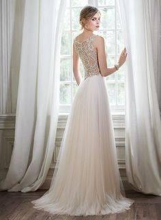 تصاميم ماغي سوتيرو لفساتين الزفاف 2015\2016تصاميم ماغي سوتيرو لفساتين الزفاف 2015\2016