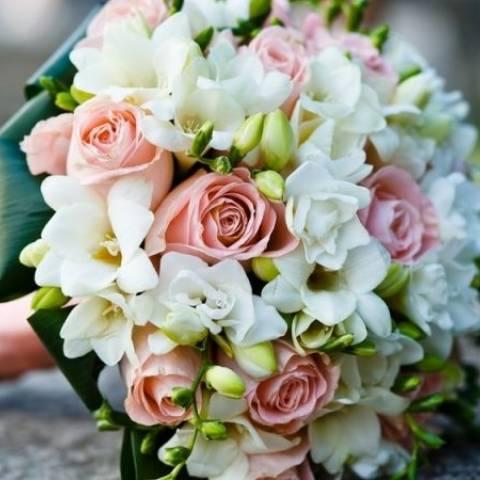 مسكة عروس 2016 باللون الأبيض والزهري